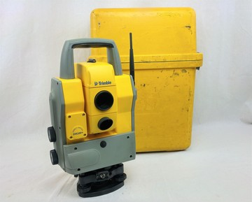 "Used Trimble 5605 DR200+ 5"" Robotic Total Station"