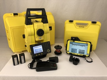 "DEMO Model Leica iCR60 5"" R1000 Robotic Total Station Package"